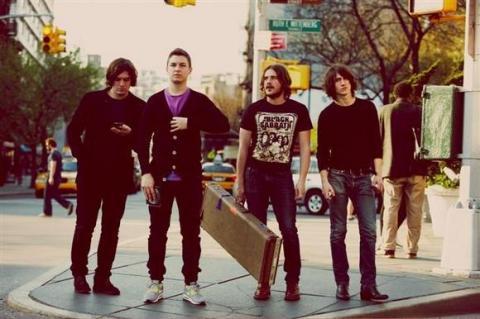 Poslouchejte nové album od Arctic Monkeys