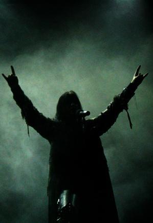 Dimmu Borgir a Korn budou koncertovat dohromady