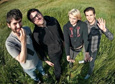 Poslouchejte nové album od kapely Heartsounds!