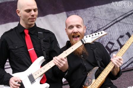 StoneSour budou po zbytek turné bez baskytaristy