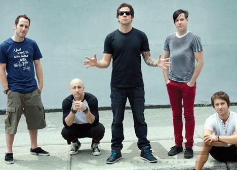 Poslouchejte novou píseň Simple Plan