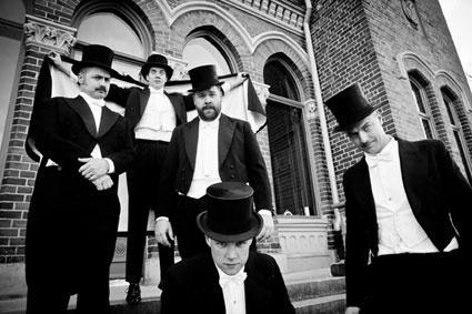 Na Prague City Festivalu vystoupí The Hives, Blink-182 přijedou o rok později