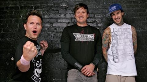 Obal nového alba blink-182 je na světě